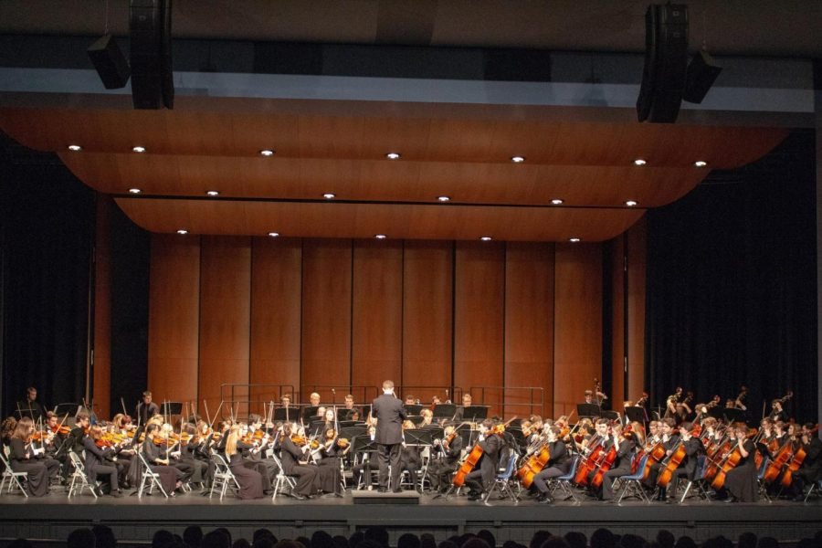 Orchestra, Band and Choir Come Together for Concert