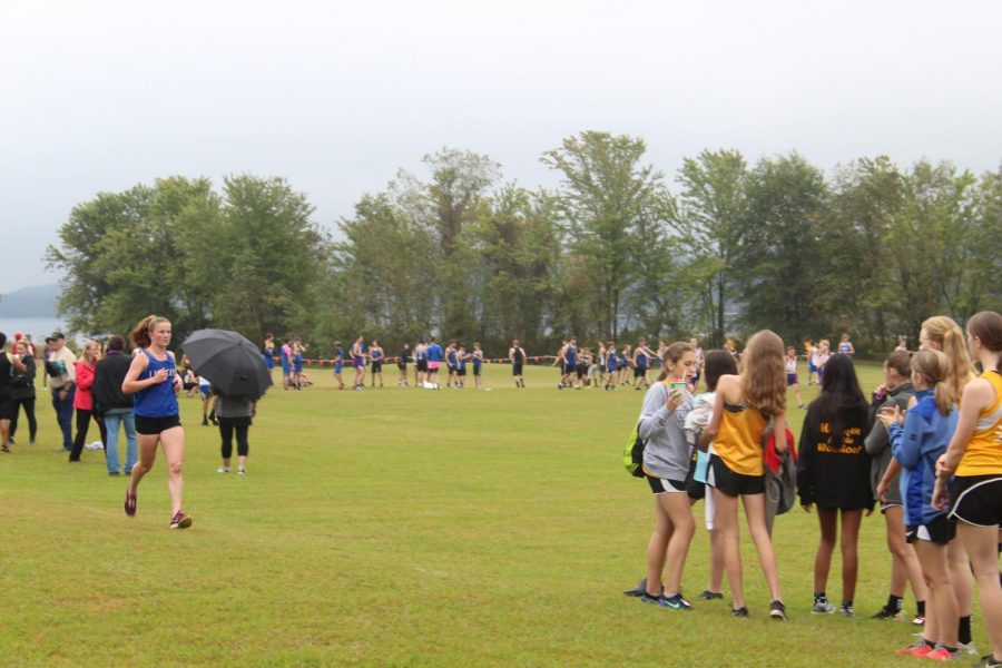 Lady Cat Runners Finish Top 3 in Multiple Races