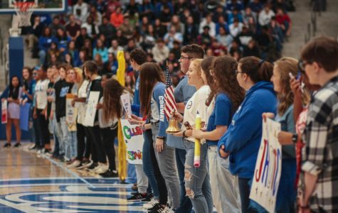 Student Council Rallies Students at Hoco Pep Assembly