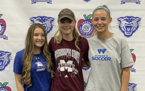 Lady Wampus Cats Sign to Play College Soccer