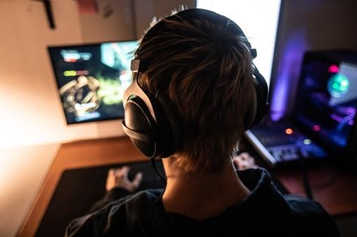 Gamers Win Socializing In Lockdown