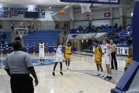 Conway Basketball Catches Second Wind